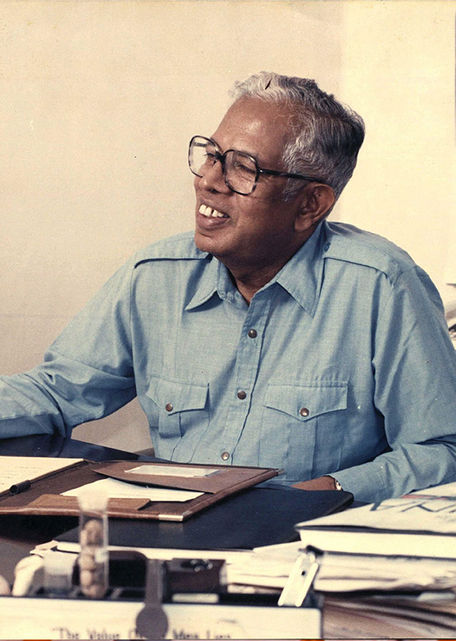 Professor Cyril Ponnamperuma